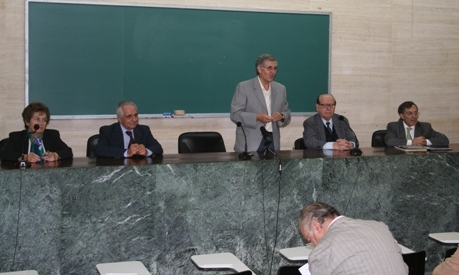 Professor José Luís Rodrigues apresenta o evento