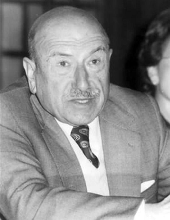 Professor Ricardo Carvalho Calero